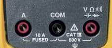 Multimètre numérique ports